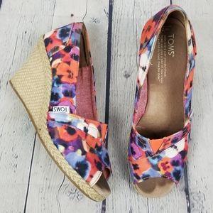 TOMS | floral slip-on espadrilles wedge peep toe